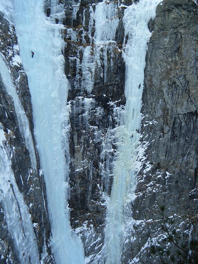 jetzt steht den großen Wasserfällen nichts mehr im Wege :-) /Eisarena Gastein